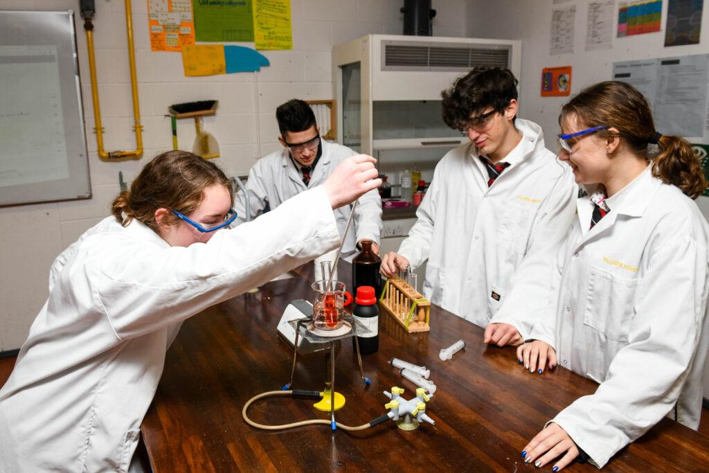 academic_school_science_students